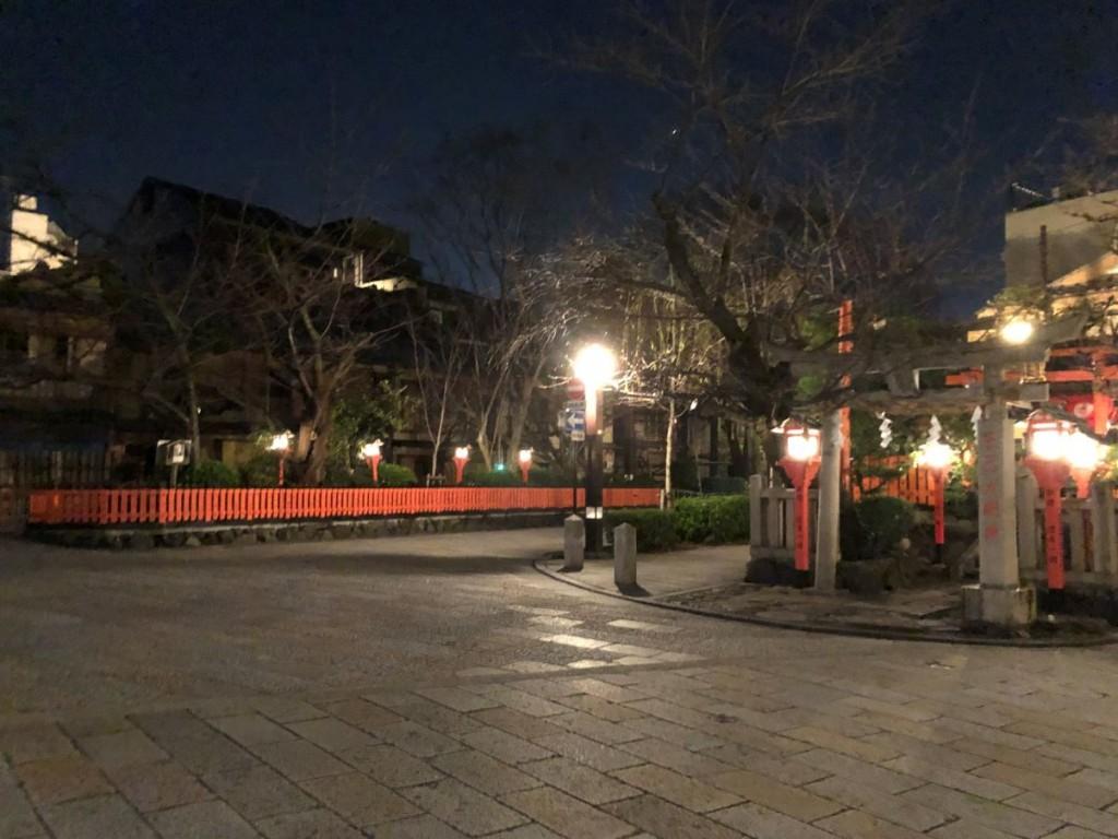 人波が消えた夜の巽橋界隈3